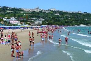 Turismo: l'estate è iniziata all'insegna delle incertezze e dei ritardi