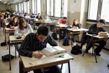 'Mi fate perdere esami', aggredisce i Carabinieri