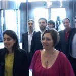 L'ingresso dei parlamentari grillini al Palazzo di Bruxelles
