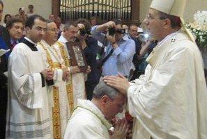 Intensa e partecipata cerimonia per l'ordinazione episcopale di Mons. Cibotti