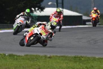 MotoGP: a Iannone sfugge di un soffio la pole a Valencia