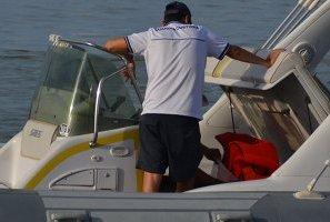 Infortunio in mare, donna trasportata a Pescara in eliambulanza