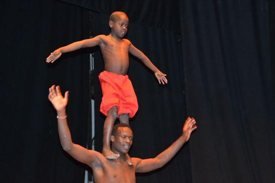 acrobati-kenya - 053