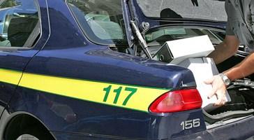 Sequestrate armi e droga in una villa nella periferia di San Salvo, due arresti e una denuncia