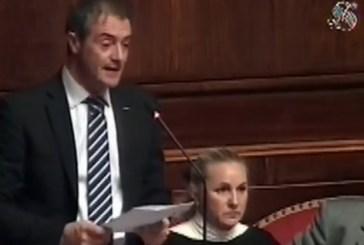 Castaldi (M5S) porta nell'Aula del Senato la vicenda del crollo a Palazzo d'Avalos