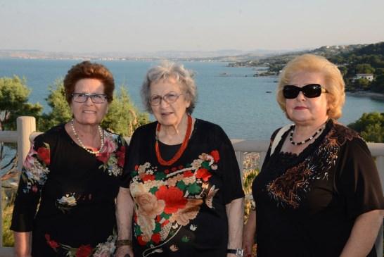 Amici degli Anziani_ vacanza alla Grotta del Saraceno_23_08_2015.018