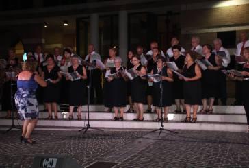 San Salvo: in piazza S. Vitale è andato in scena il folklore