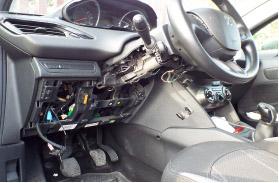 A14: pattuglia della Polstrada di Vasto Sud arresta, dopo inseguimento, ladro di auto