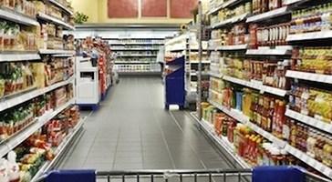 La Cgil Abruzzo Molise annuncia lo sciopero per la chiusura dei negozi nelle domeniche