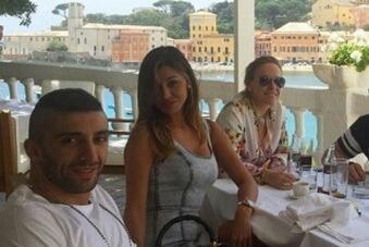 Belen Rodriguez ed Andrea Iannone insieme al mare: l'inizio di un nuovo amore?