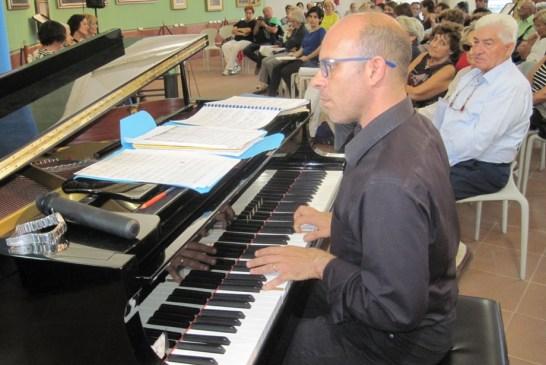 11 - Mauro Gallo al pianoforte