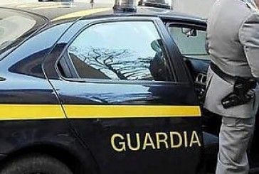 Oltre un chilo di cocaina in macchina, fermato e arrestato sull'A14