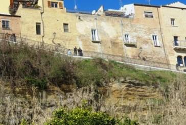 Crollo del muraglione di Palazzo d'Avalos, l'inchiesta ci ricorda le gravi responsabilità politiche del centrosinistra