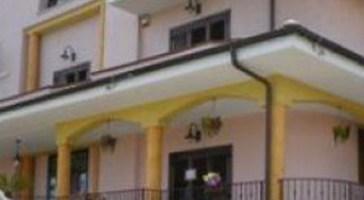 Comunità per minorenni nella villa confiscata