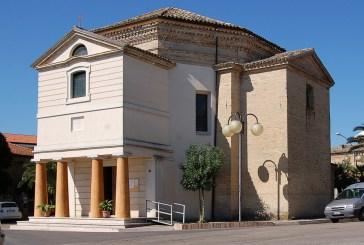 La chiesetta è chiusa durante i Sepolcri, fedeli vastesi delusi