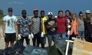 Trigno, i volontari hanno pulito tutta la foce