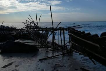 Le mareggiate flagellano la costa, il grido di allarme degli operatori