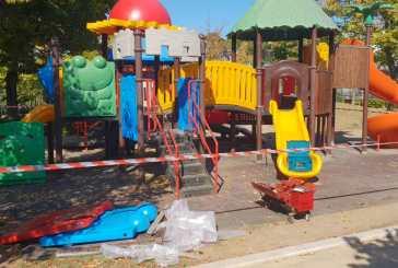 Villa comunale, lavori di manutenzione al parco giochi
