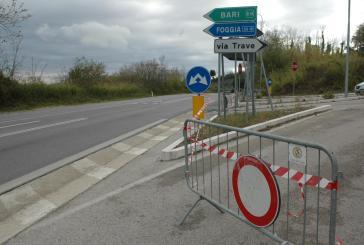 Chiude via Trave, stop al traffico a sorpresa