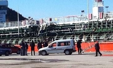 Esalazioni letali al porto, chiesto il giudizio per due