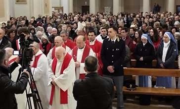 Rinnovato il rito della Processione della Sacra Spina