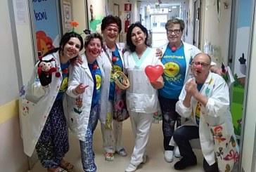 La Ricoclaun festeggia la festa della mamma in ospedale