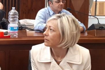 Offende Angela Pennetta in Consiglio, è polemica