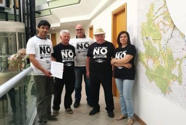 No alla quarta discarica, raccolte 2.600 firme