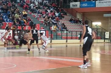 La Ge.Vi. Vasto Basket liquida l'Osimo, 67-60