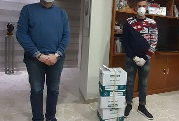 Vasto, Antonio Altieri e Denis D'Addario donano 3mila guanti e gel disinfettante per il San Pio