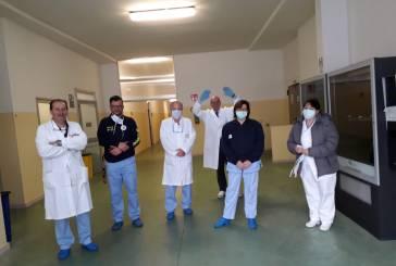 Covid-19, Mario Pupillo consegna il ventilatore polmonare acquistato con i risparmi di bilancio