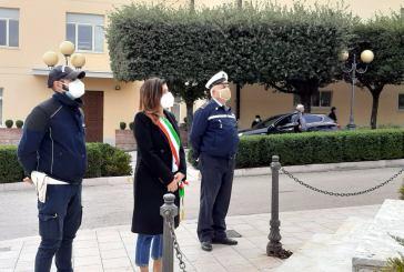 Montenero, stamane la deposizione della corona d'alloro al Monumento ai Caduti in Piazza della Libertà