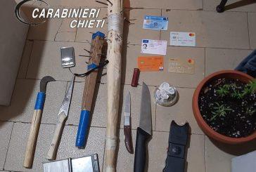 Ubriaco screa scompiglio al bar e aggredisce un Carabiniere: arrestato un 24enne