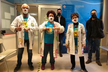 Nella Pediatria di Vasto un mare di emozioni e colori con la donazione Ricoclaun