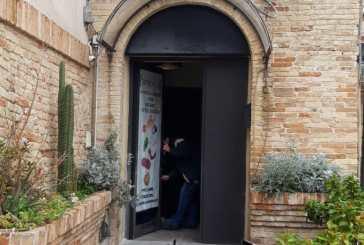 Vasto, paura in centro storico: ordigno davanti alla porta di
