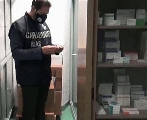"""Farmacista denunciato per truffa, sequestrate 550 specialità medicinali prive di """"fustelle"""""""