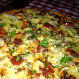 bavaria-spanish-sardine-and-chorizo-pizza