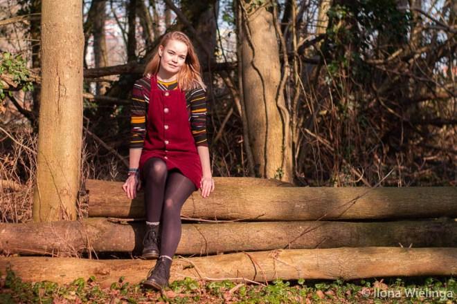 outfit 6: dr. martens met vintage overgooier en bershka trui inspiratie