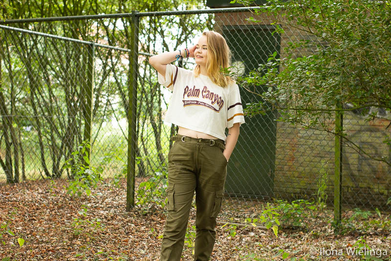 outfit baggy legerbroek cropped top 2