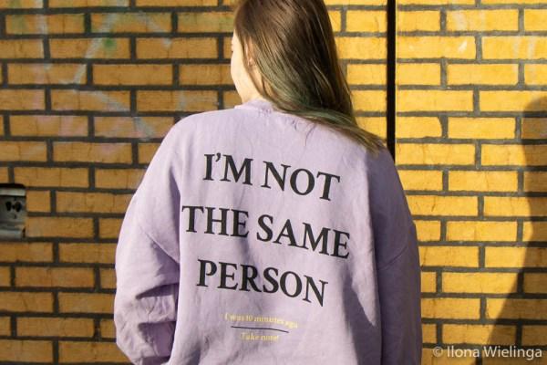 trui I'm not the same person bershka 4
