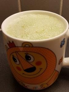 Roheline pirni-banaanismoothie