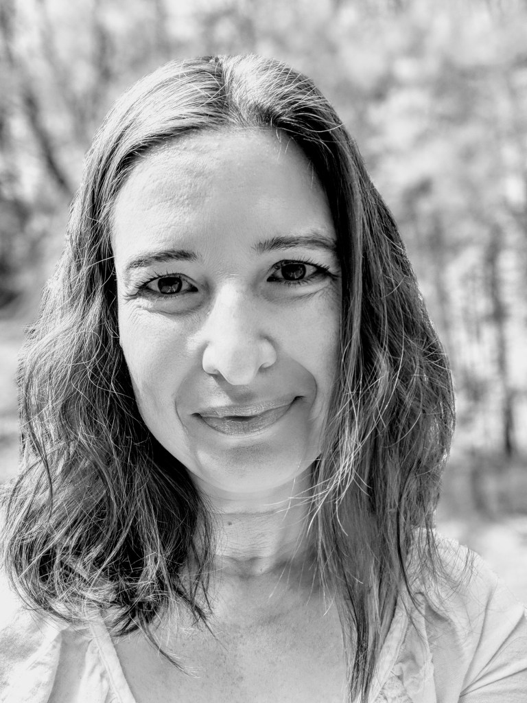 Ilona Schenk-Cherry, Holistic EMDR Therapist specialized in Trauma and PTSD