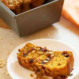 Chocolate Chip Pumpkin Bread with Oatmeal Streusel
