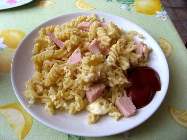 nechutné těstoviny