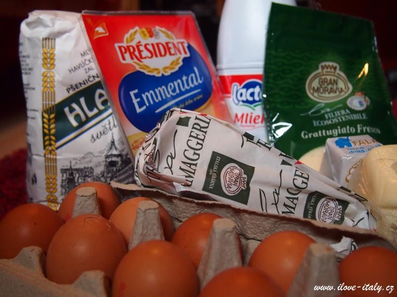 ingredince, mouka, vejce, sýr