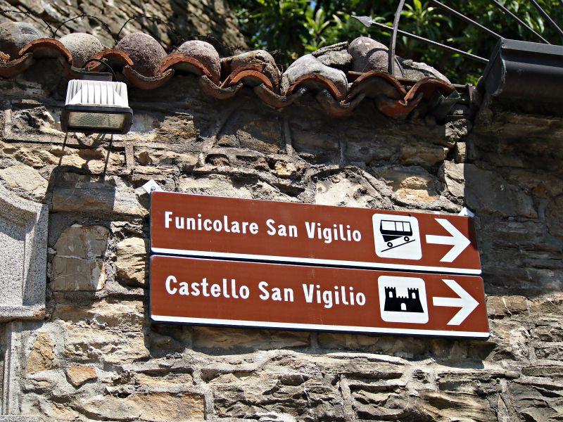 cesta na hrad itálie