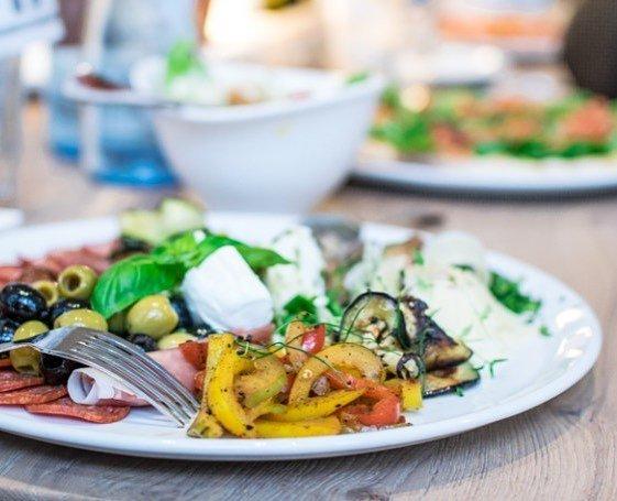 Skvl italsk antipasti v restauraci Vapiano vapianocz vapiano vapianoprague antipastihellip