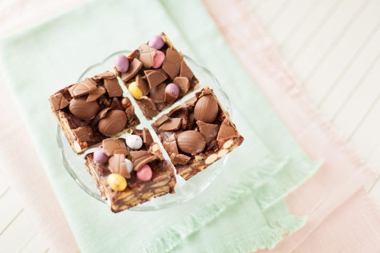 Easter chocolate biscuit squares; easter recipe; kids easter recipe; i love cooking recipe