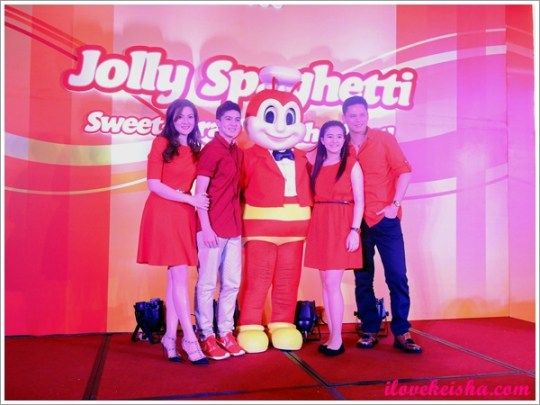 Cramina Villaroel and Family with Jollibee