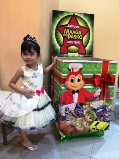Keisha Jollibee Maaga Ang Pasko
